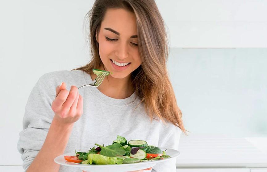Пять вещей, которые нельзя делать после еды