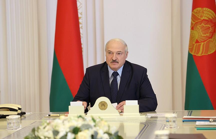 Лукашенко – силовикам: У нас достаточно ресурсов, чтобы защитить людей