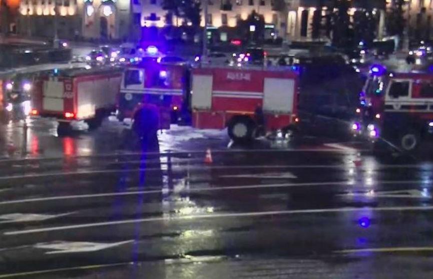 ДТП на площади Победы в Минске: загорелся автомобиль (ВИДЕО)