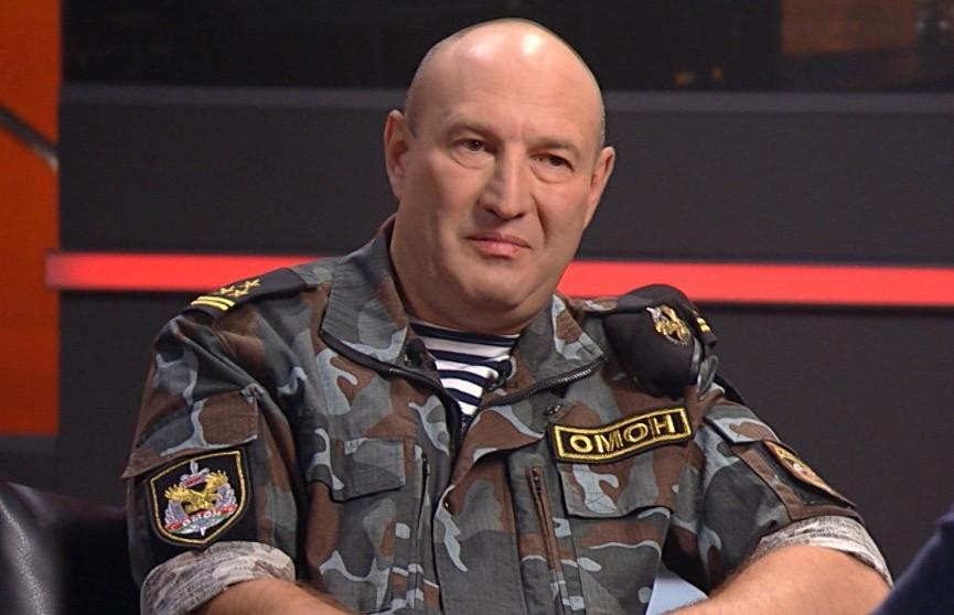 Дмитрий Балаба объяснил, почему ОМОН в первую ночь протестов в августе 2020-го не был полностью экипирован