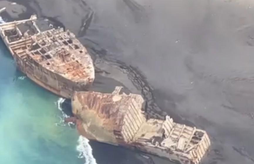 В Японии после землетрясения всплыли затопленные корабли-призраки