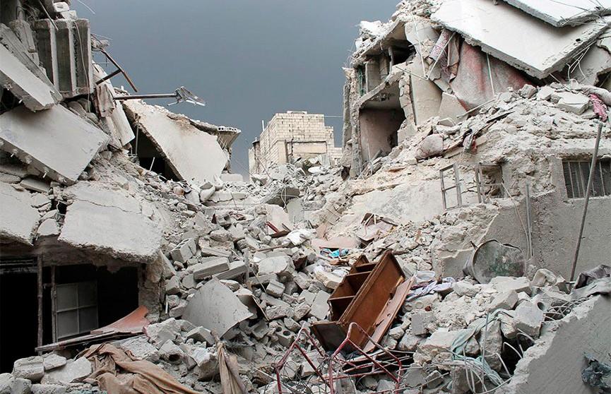 Восемь человек погибли при обрушении строящегося здания в Индии