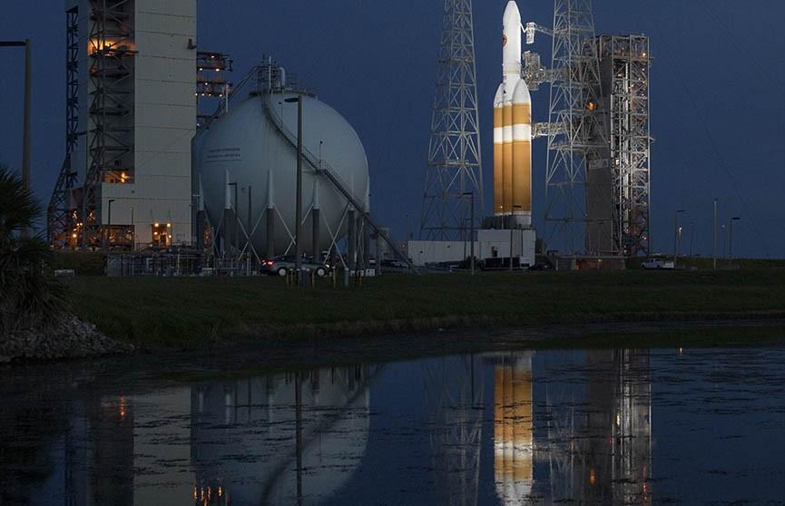 Историческая миссия NASA к Солнцу отложена из-за неполадок на сутки