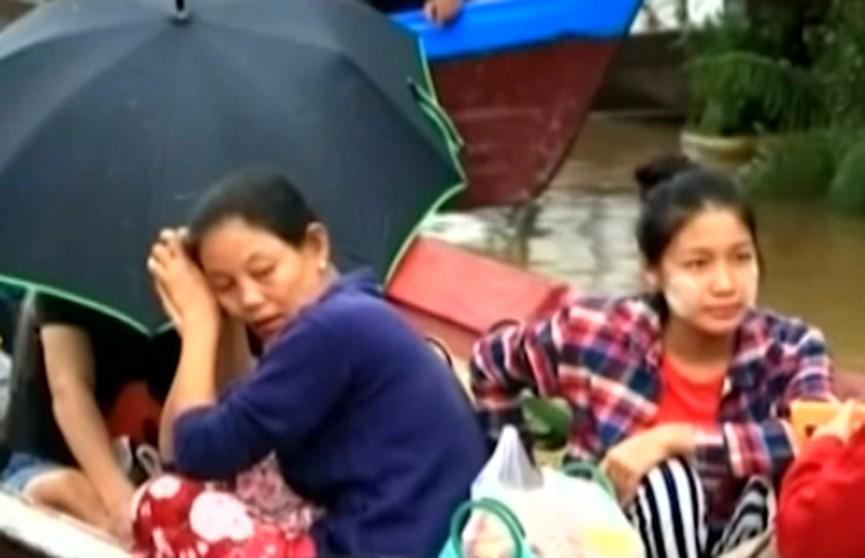 Около 50 тысяч жителей покинули свои дома из-за наводнения в Мьянме