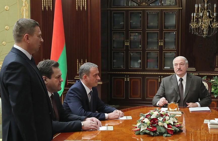Александр Лукашенко: Наиважнейшая задача местной вертикали власти – улучшить жизнь людей