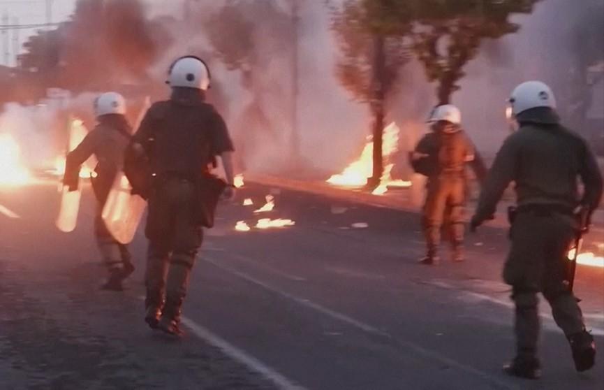 Протесты-2020. Причины уличных бурлений в мире и почему революция в Беларуси сорвалась?