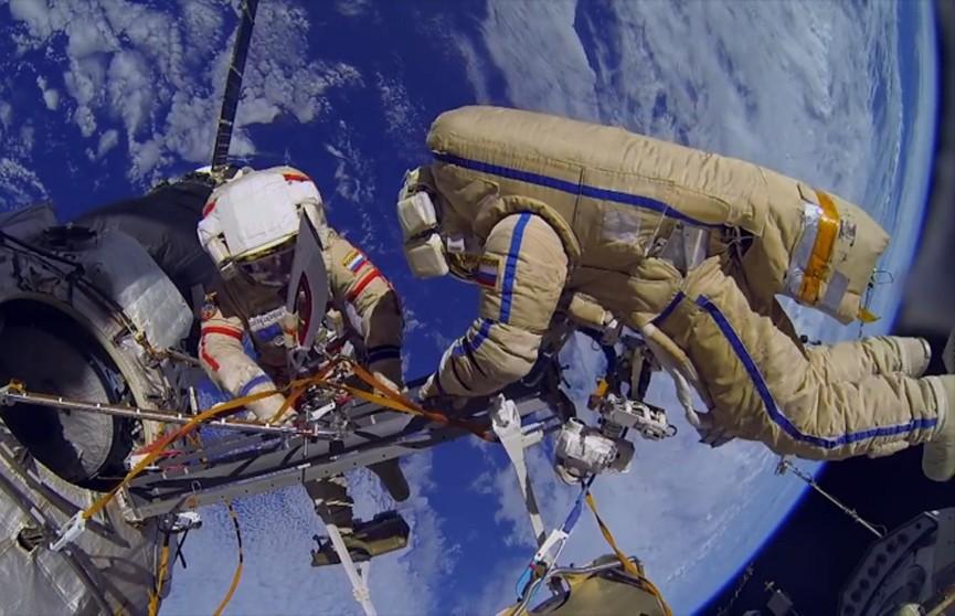 «Союз МС-09» с тремя членами экипажа МКС совершил посадку в Казахстане