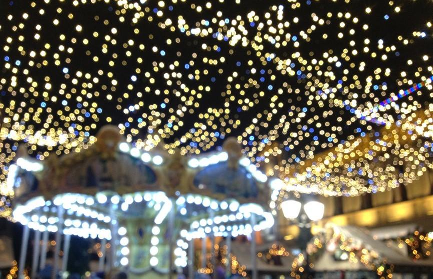 В Минске новогодние световые фигуры включат 15 декабря