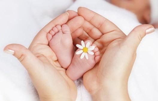 Ребёнок от трёх родителей родился в Греции