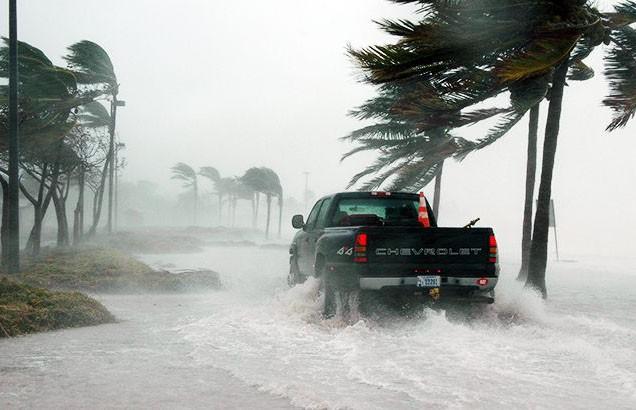 Пять туристов погибли из-за сильнейшего шторма в Греции