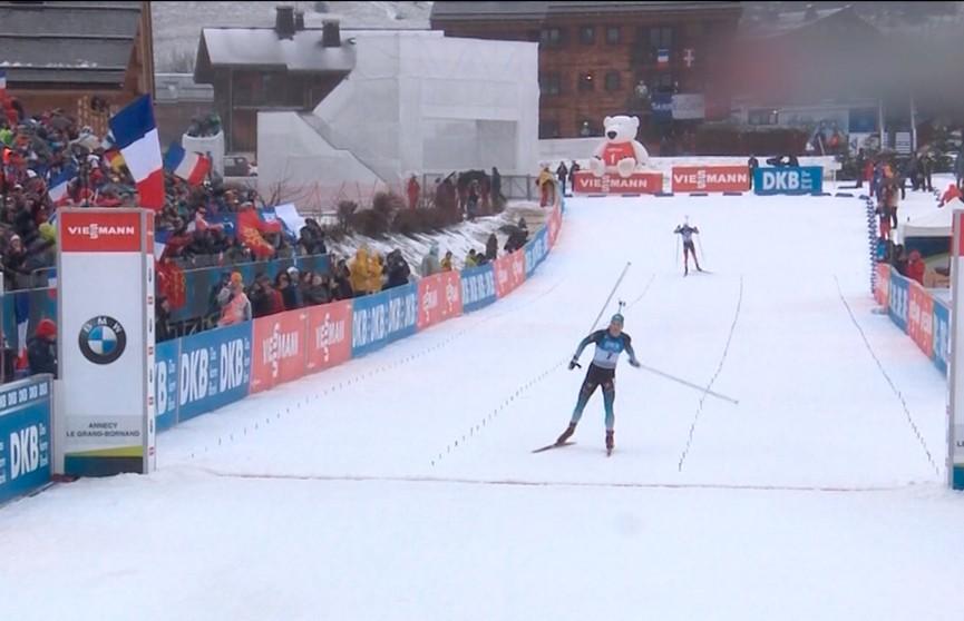 Йоханнес Бё одержал победу в масс-старте третьего этапа Кубка мира по биатлону