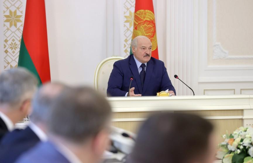Какие меры примет Беларусь в ответ на санкции ЕС? Итоги совещания у Лукашенко