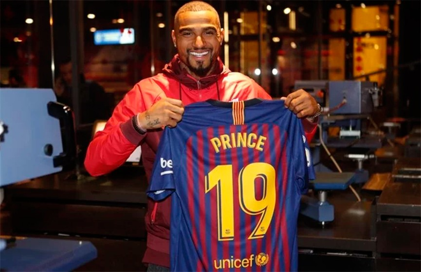 «Барселона» арендовала Кевина-Принса Боатенга за 2 млн евро