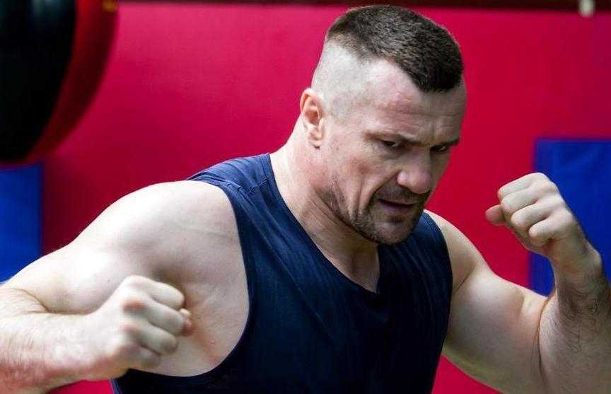 Легендарный боец Мирко «Кро Коп» вернулся в зал после инсульта