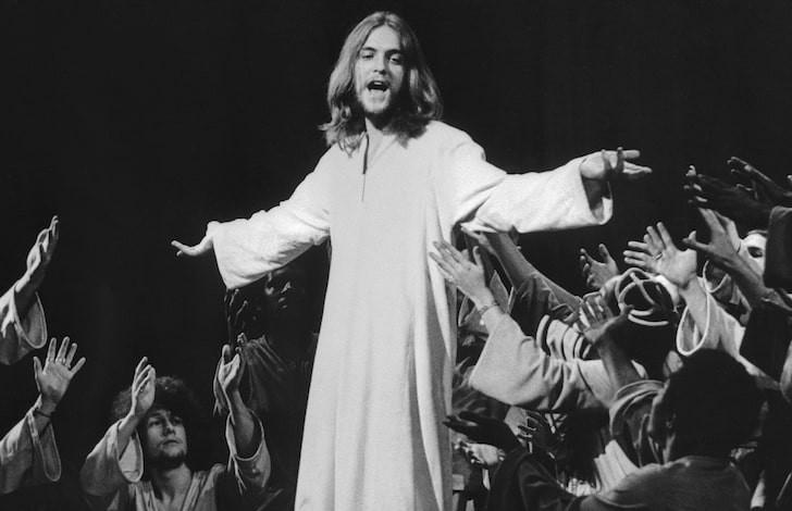 Умер исполнитель главной роли в мюзикле «Иисус Христос – суперзвезда»