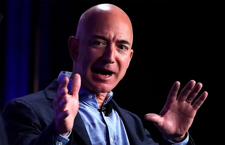 Самый богатый человек в мире обеднел на $7 млрд за несколько часов