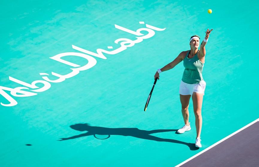 Арина Соболенко одержала победу на старте теннисного турнира в Абу-Даби