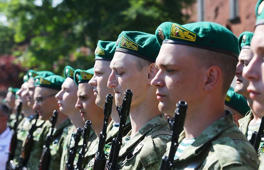 Президент подписал указ, в котором закреплены дополнительные меры соцзащиты военнослужащих-срочников и резервистов