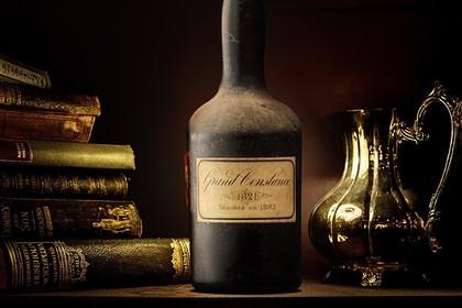Одну из последних бутылок вина императора Наполеона продали за $30 тысяч