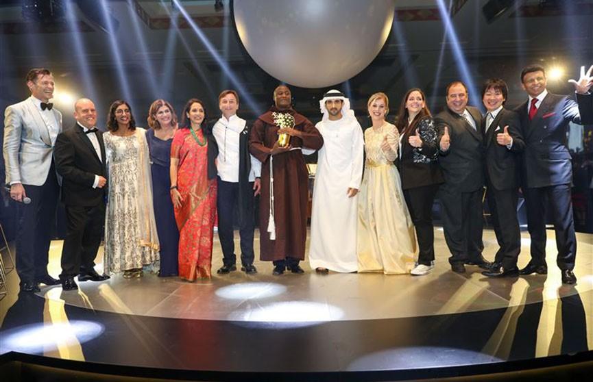 В Дубае выбрали «лучшего учителя в мире» и вручили $1 миллион