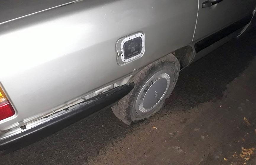 Боевик в Барановичах: сотрудники ГАИ останавливали Audi, стреляя по колёсам