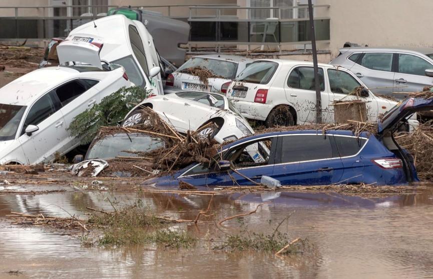 Количество погибших из-за наводнения на Майорке выросло до 12 человек