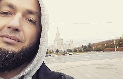 Популярного белорусского блогера нашли мертвым в канализации в Петербурге