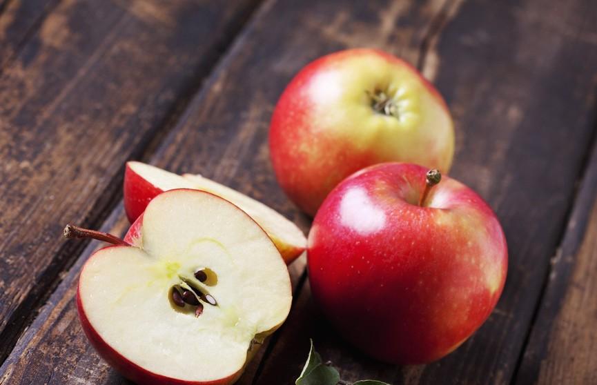 Косточки от яблок: ядовиты и полезны?