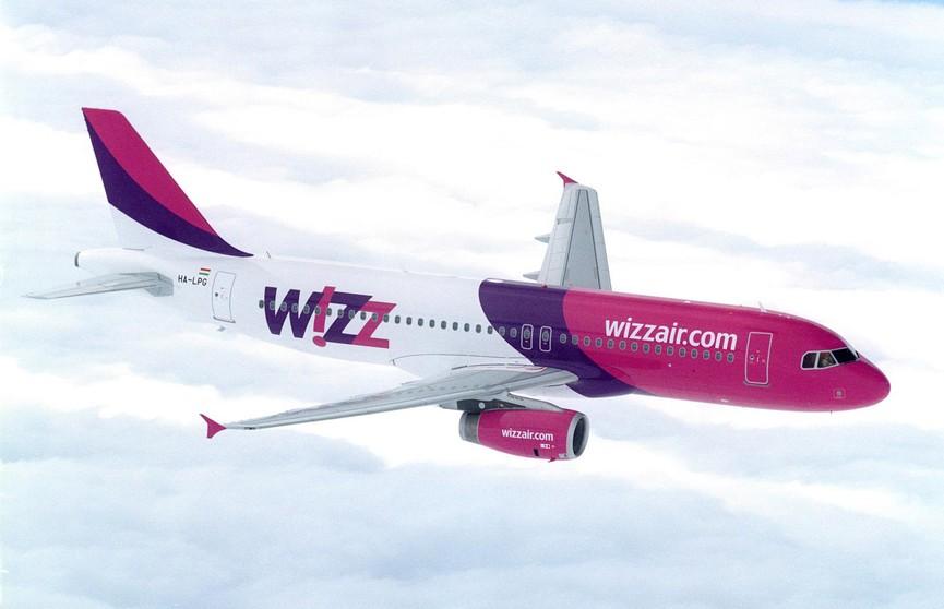 На видео попала посадка самолёта Wizz Air в шторм «Сиара»