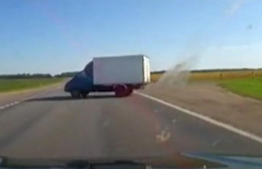 Пассажирка грузовика, который сгорел под Оршей, скончалась