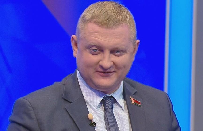 Александр Шпаковский: в белорусском обществе есть запрос на политику, политические партии должны формироваться снизу