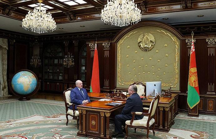 Лукашенко высказался о завышенных ценах на лекарства