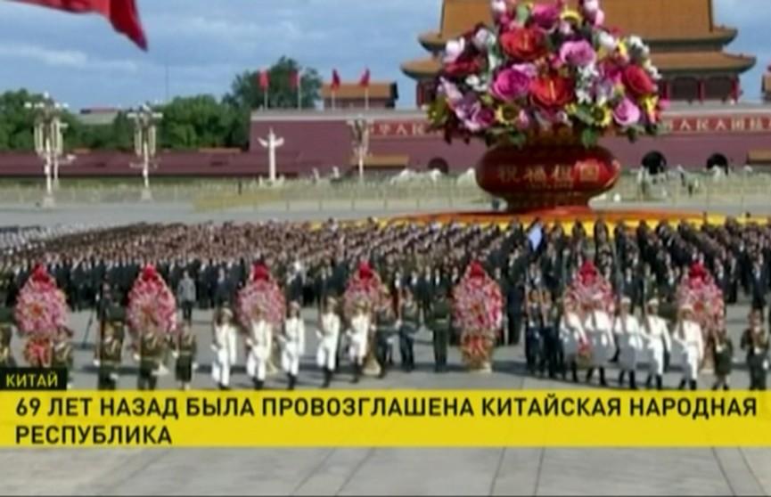 69 лет Китайской народной республике! Александр Лукашенко поздравил Си Цзиньпина с праздником
