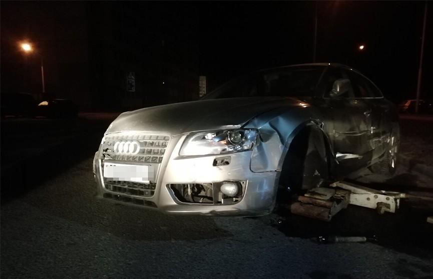 В Новополоцке пьяная девушка угнала авто и поцарапала семь машин