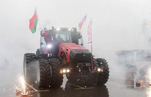 Праздник ко Дню Победы провёл Минский тракторный завод