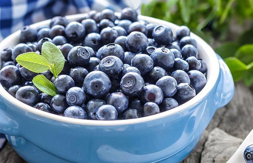 Названа ягода, которую нужно есть при кишечном расстройстве
