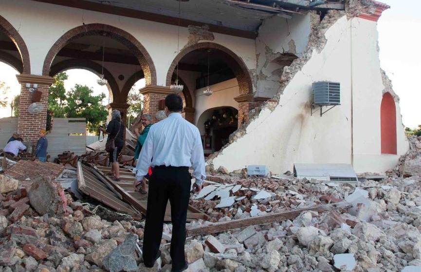 После сильного землетрясения в Пуэрто-Рико ввели режим ЧП