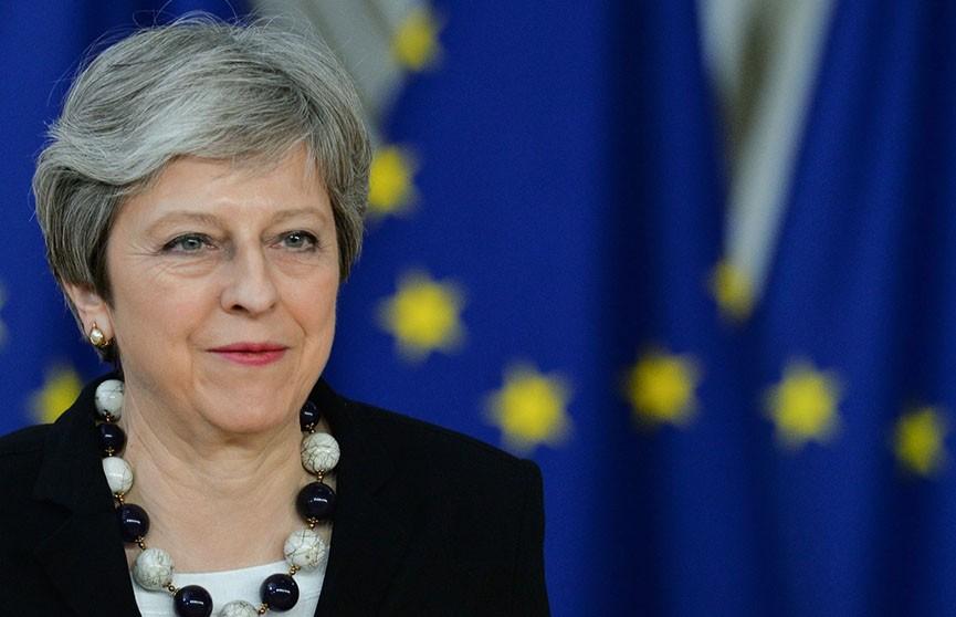 Парламент Британии проголосовал за отсрочку Brexit