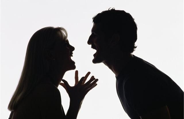 Поссорившиеся супруги бросили на обочине своего годовалого ребенка