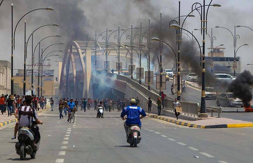 Акции протеста проходят в Ираке, есть жертвы