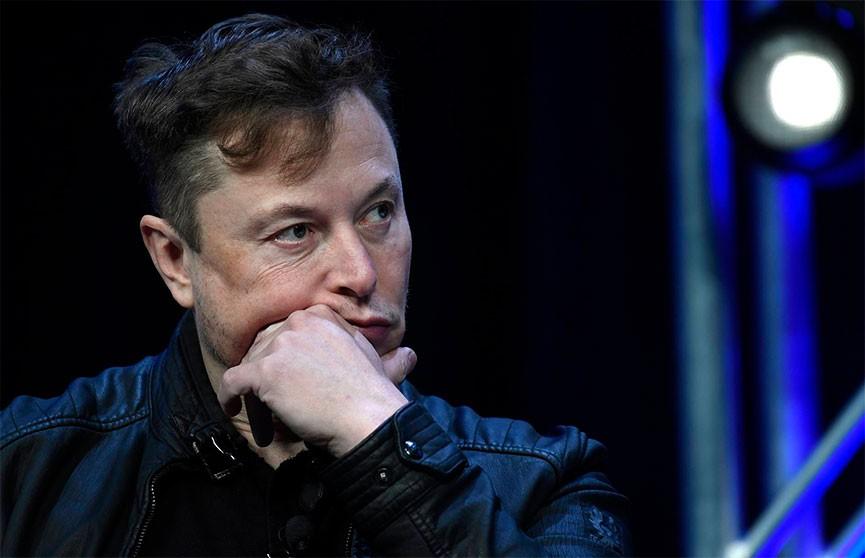 Илон Маск потерял за сутки $16,3 млрд и выпал из пятерки богатейших людей мира