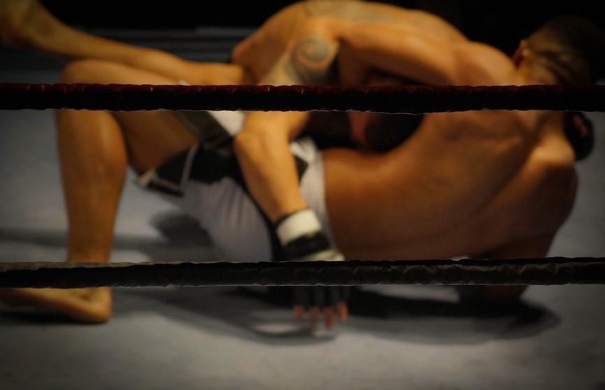 Борец сломал себе шею во время попытки провести болевой приём на сопернике