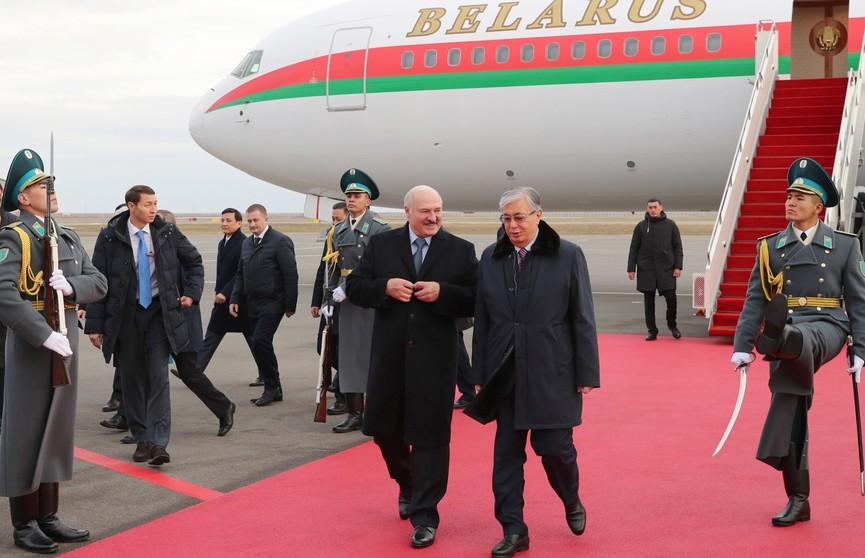 Александр Лукашенко прибыл с официальным визитом в Казахстан