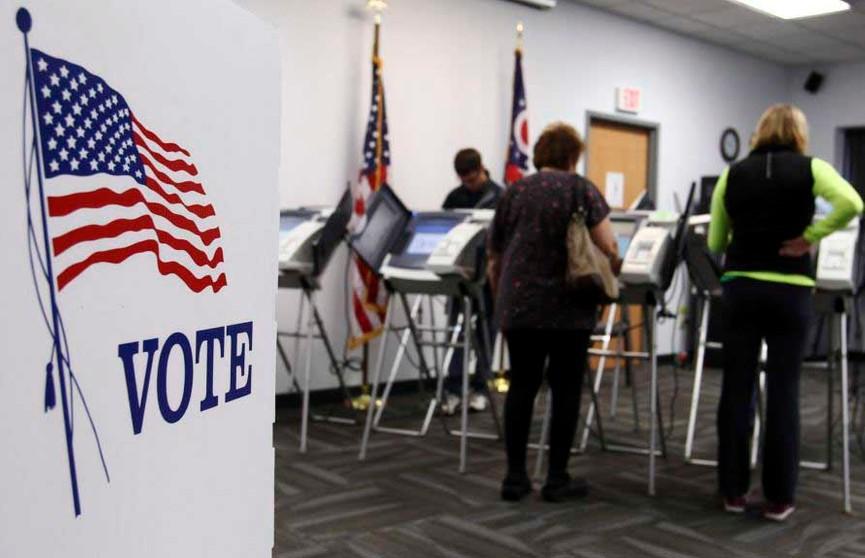 Демократы призвали сторонников Байдена голосовать досрочно