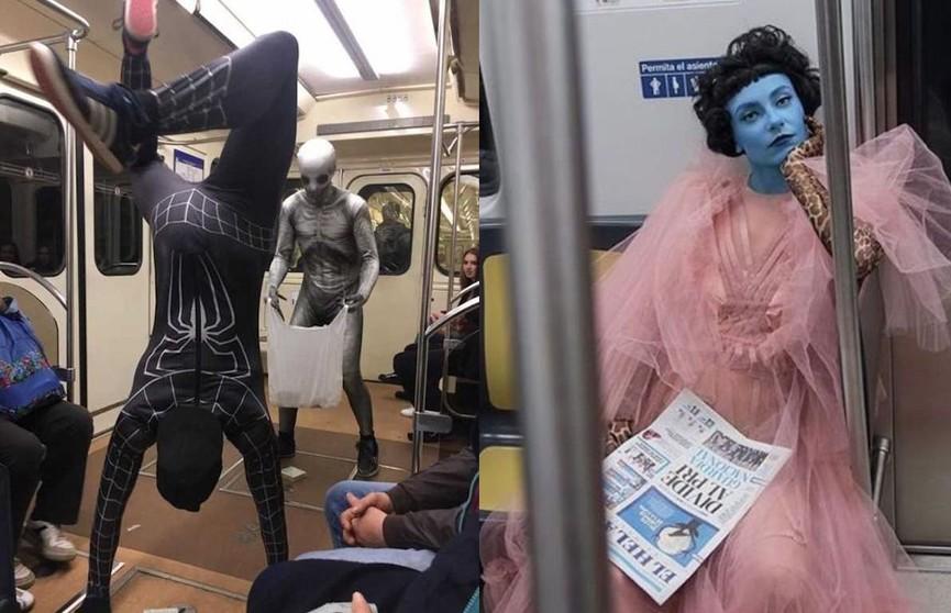 «Вы с какой планеты?»: 10 самых необычных попутчиков в метро