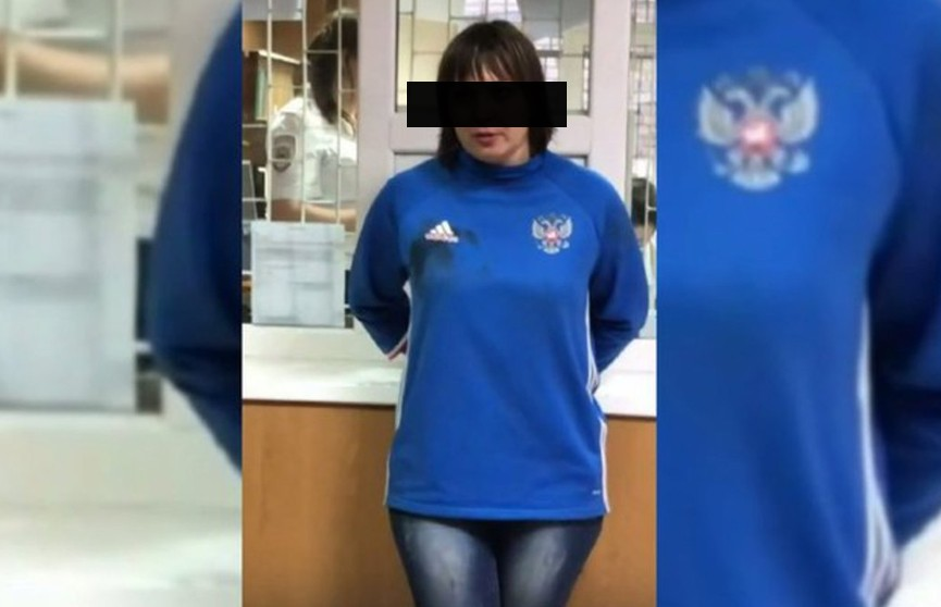 Пьяная женщина за рулем из мести въехала в толпу подростков в России