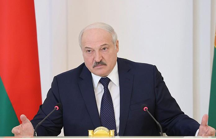 Беларусь и Россия рассматривают вопрос об открытии авиарейсов в Крым