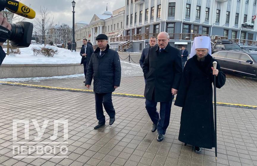Александр Лукашенко приехал попрощаться с митрополитом Филаретом