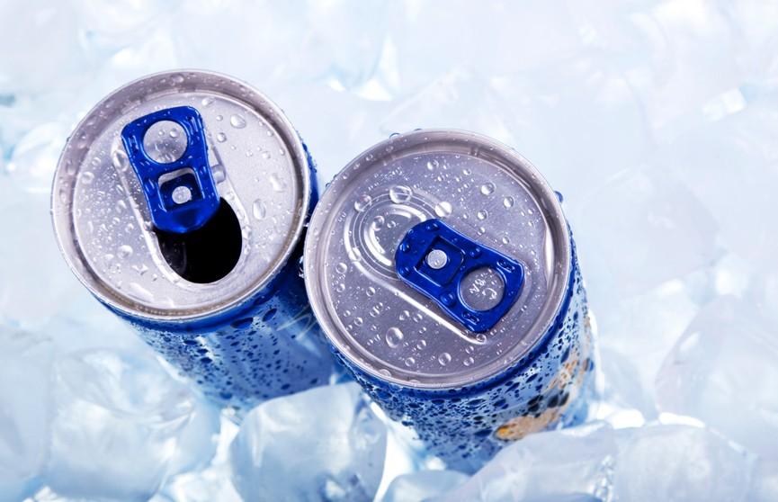 Почему энергетики детям пить нельзя и какую альтернативу им можно найти на полках в магазине?