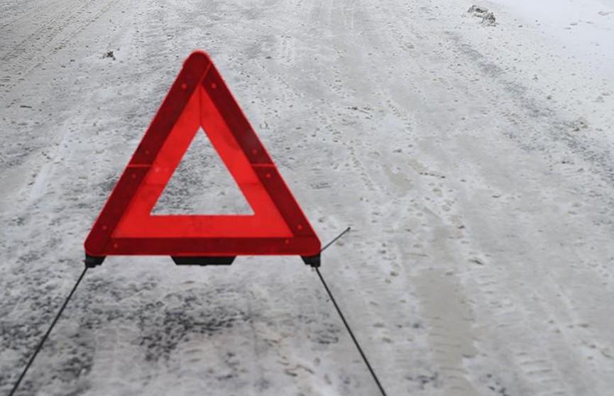 Почти 40 машин столкнулись из-за метели на трассе в Башкортостане